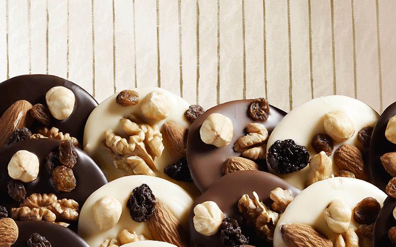 Ciocolata-Alba-vs-Ciocolata-Neagra-2